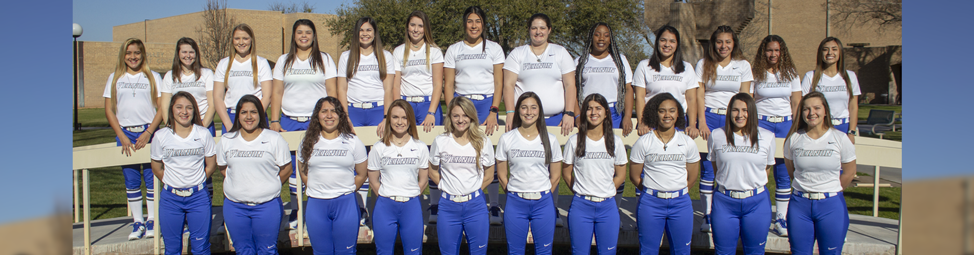 Softball Team Photo 2019